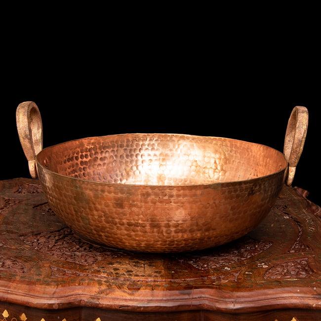槌目仕立て高級調理用カダイ 銅製 - 直径31.5cm 2 - 持ち手の部分がとってもインド風です。