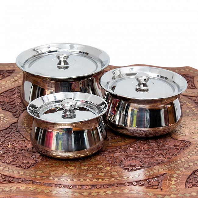 インドの小鍋 ステンレスハンディ中サイズ 直径15cm 5 - いろいろなサイズを並べてみました。
