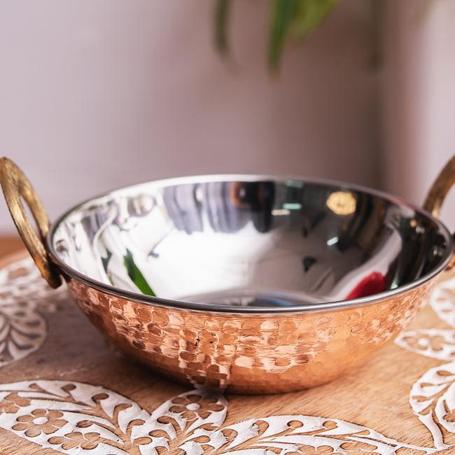槌目銅装飾仕上げのステンレスカダイ[装飾持ち手付]サービングパン 食器・お皿〔約16.4cm〕 2 - 見た目が良いので、食器として使われています。
