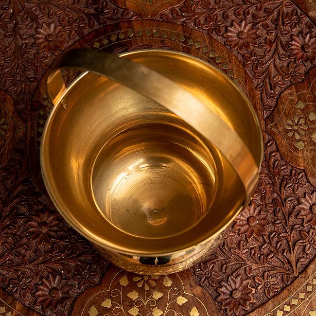 インドの水差し ブラス製 取っ手付き 23cm 3 - 上からの様子です。