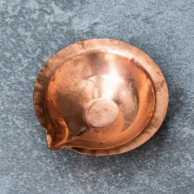 銅の聖油・聖水ボウル - 直径4.5cm 3 - 上から見てみました。