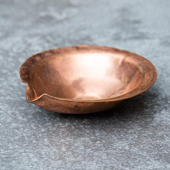 銅の聖油・聖水ボウル - 直径4.5cmの写真
