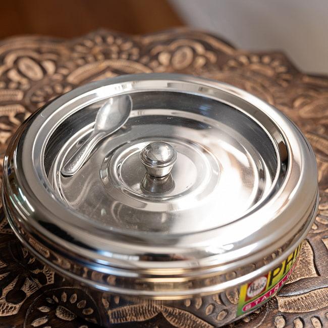 中ぶた付き 外蓋シースルー円形スパイスボックス 7種類のスパイスを入れられる![直径約21cm] 7 - 別の角度からの写真です