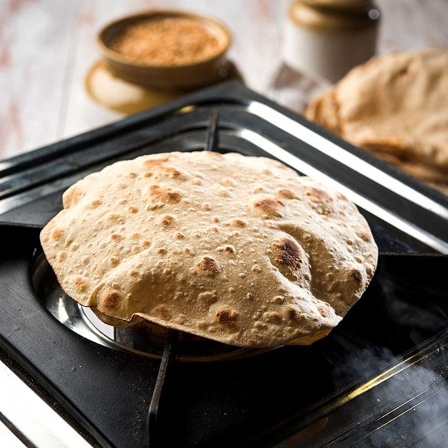 チャパティ保温器 インド料理 チャパティーケース 1600ml 10 - あたたかいチャパティを、こちらの保温器に入れてご使用ください。
