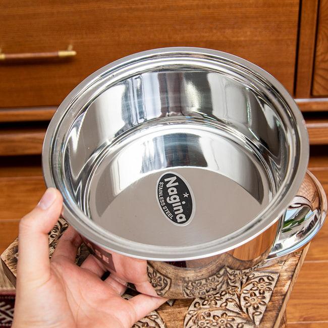 チャパティ保温器 インド料理 チャパティーケース 1600ml 7 - しっかりとしたサイズ感です。保温器なので厚みがあります。