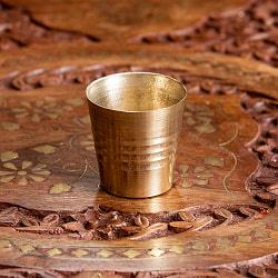 インドの礼拝用ブラス カップ 高さ:約3.5cm