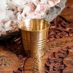 インドの礼拝用ブラス カップ 高さ:約4cm