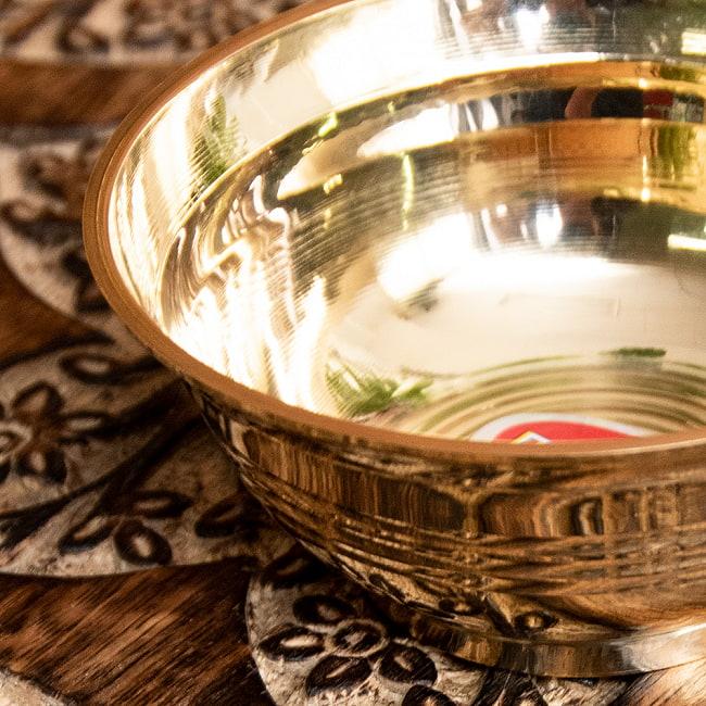 ブラス製のボウル 直径:約9.5cm 2 - フチの写真になります