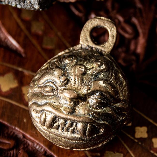 チベタン アニマルベル - 4cm 3 - 紐を通せるようになっています。