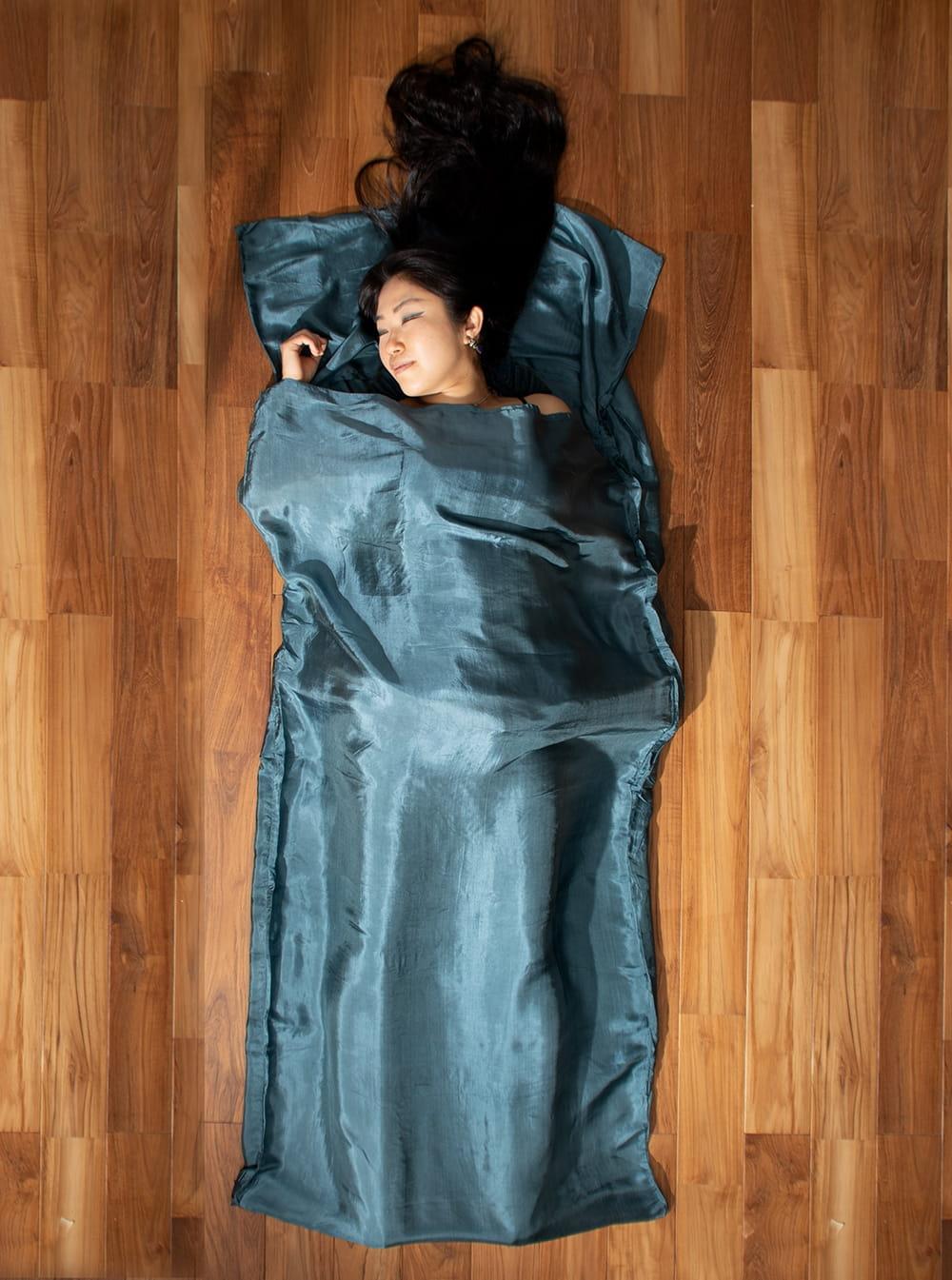 ベトナムのシルク寝袋[シングルサイズ]の写真