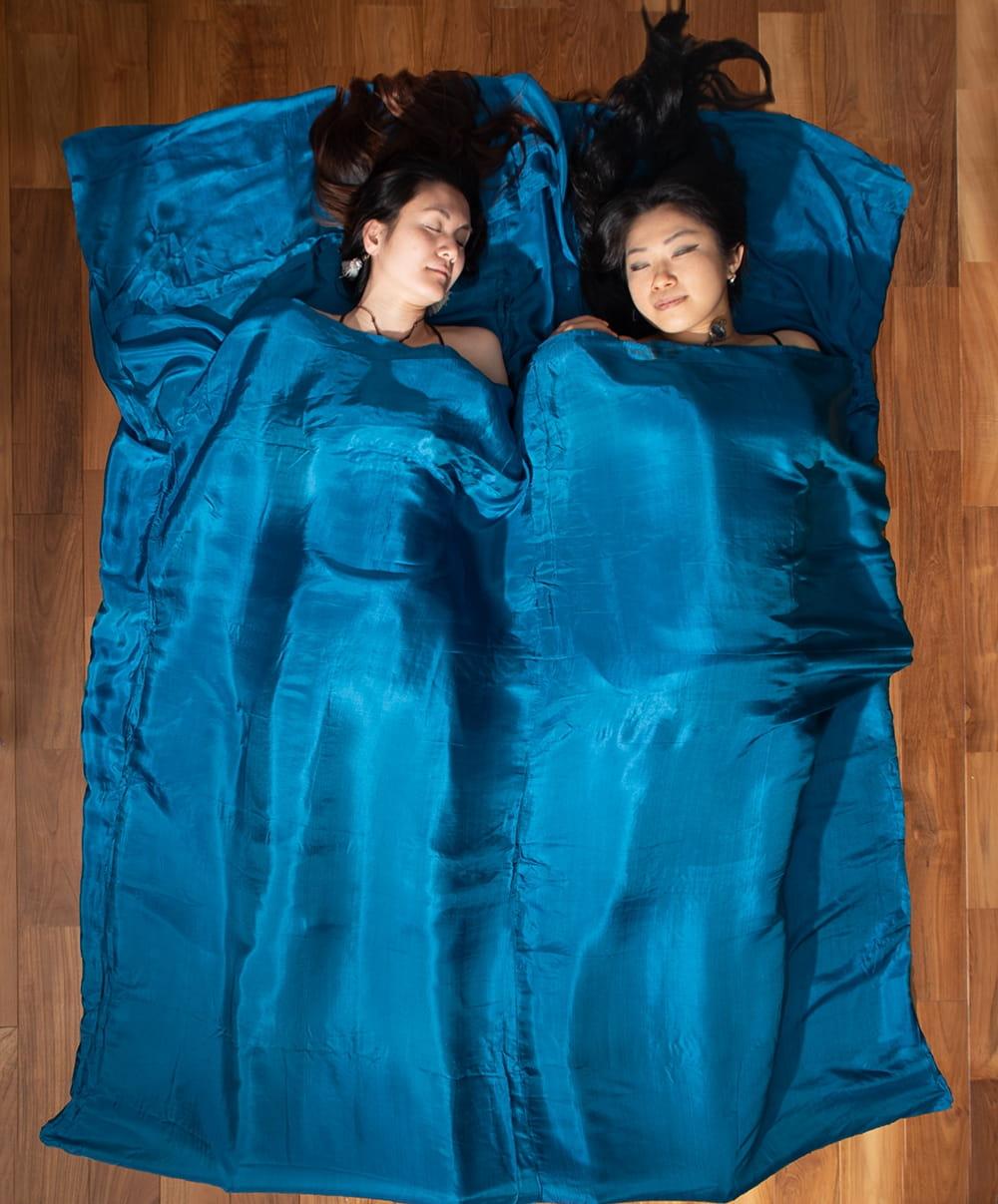 ベトナムのシルク寝袋[ダブルサイズ]の写真