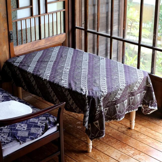 〔160cm*115cm〕インドネシア伝統!コットンバティック - 紫・更紗の写真8 - テーブルクロスとしてもオススメです