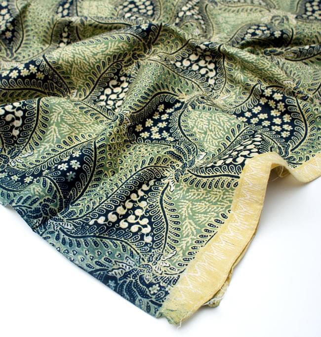 〔210cm*110cm〕インドネシア伝統!コットンバティック - 緑・更紗の写真5 - フチ部分の拡大写真です