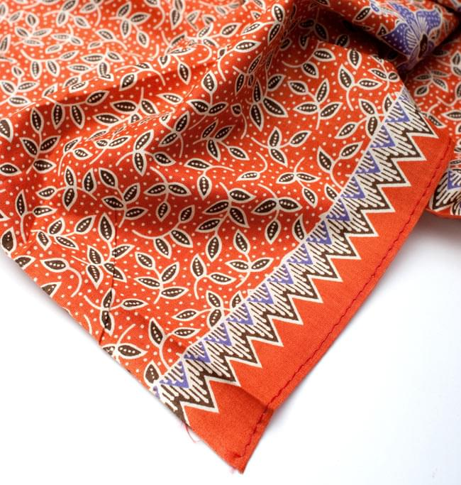 〔210cm*110cm〕インドネシア伝統!コットンバティック - 橙色・花更紗の写真5 - フチ部分の拡大写真です
