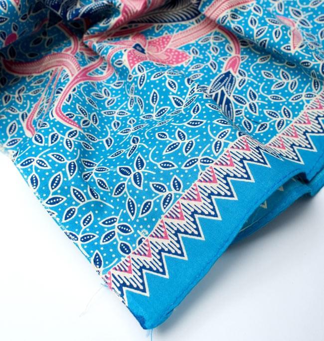 〔210cm*110cm〕インドネシア伝統!コットンバティック - 水色・花更紗の写真5 - フチ部分の拡大写真です