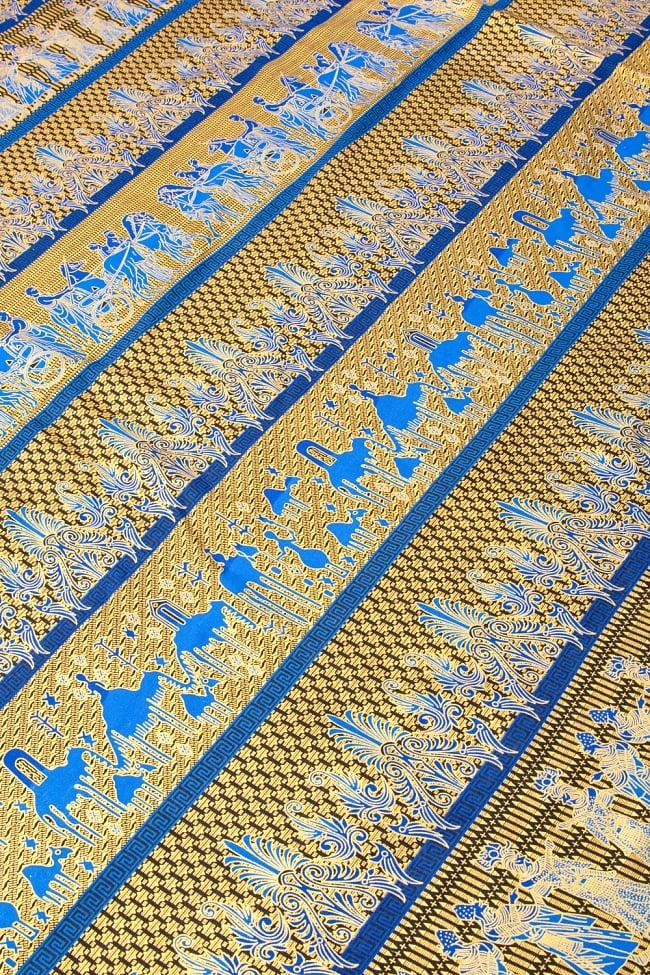 〔190cm*120cm〕インドネシア伝統のコットンバティック - 青色・民族模様 2 - 鳥などの動物と植物を組み合わせたスメン模様や、刀剣を意味する王宮模様のパラン・ルサック、インドから影響を受けた更紗模様など、インドネシアの歴史を感じることのできるデザインになっております。