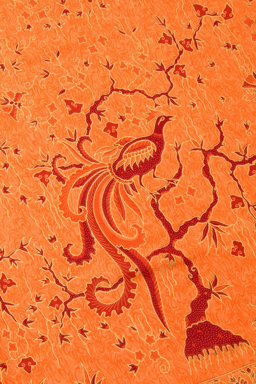 〔170cm*110cm〕インドネシア伝統のコットンバティック - 橙色・孔雀 3 - 拡大写真です