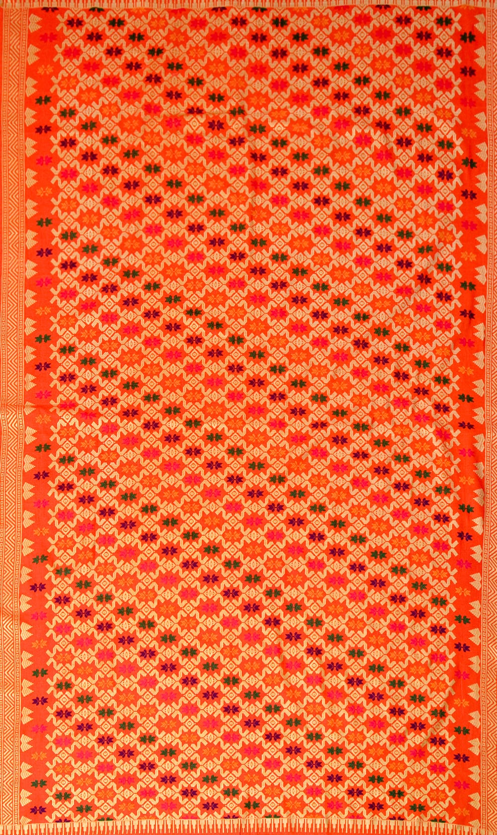 〔185cm*110cm〕インドネシア伝統のコットンバティック - 橙色・伝統模様の写真