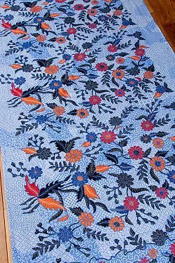 インドネシア伝統模様 ろうけつ染めデザインのコットンバティック〔203cm*106cm〕