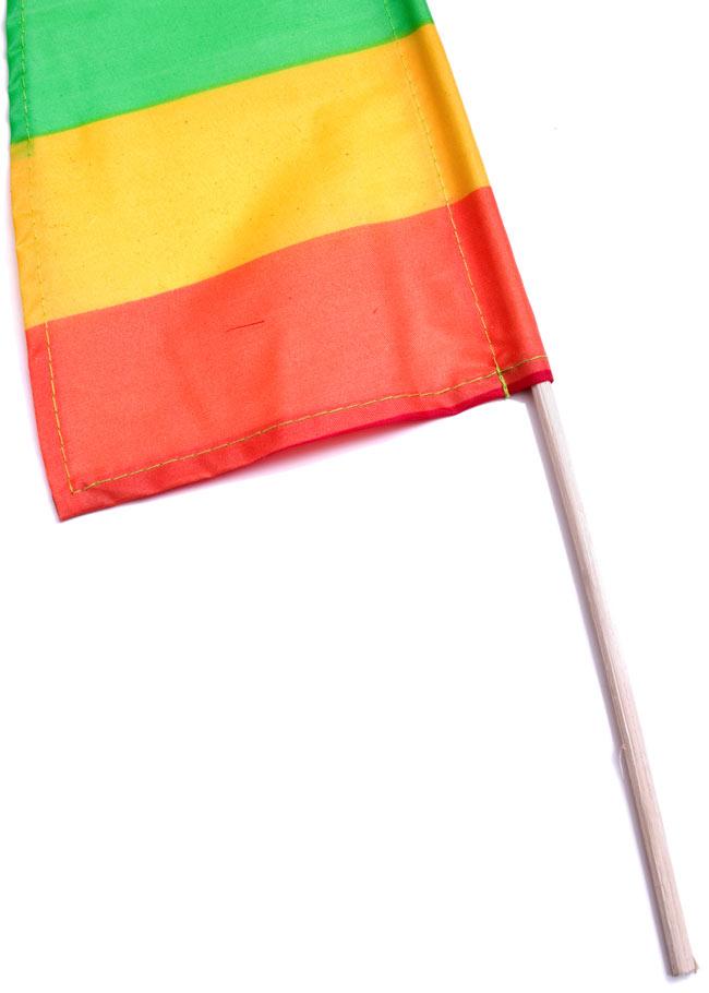 [レインボー]カラフルプリント - ウンブル・ウンブル(バリのぼり旗)【約50cm】 3 - 手持ち部分の拡大写真です
