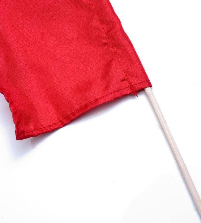 [レッド]カラフルプリント - ウンブル・ウンブル(バリのぼり旗)【約50cm】 3 - 手持ち部分の拡大写真です