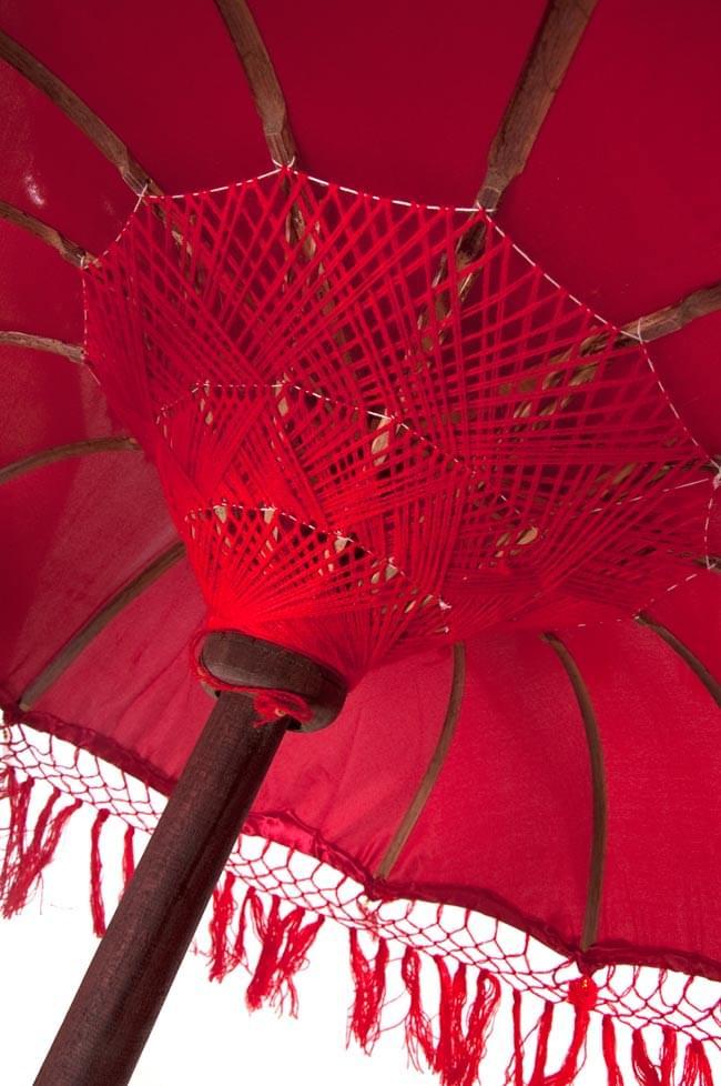 バリの2段の傘(赤) - 70cmと80cmの写真4 - 傘の内側はこんな感じです