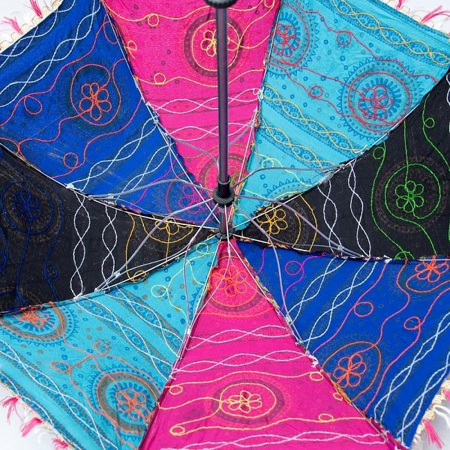 〔アソート〕インド・ラジャスタンの刺繍傘・日傘 - 直径60cm程度 9 - 結構傘の骨もしっかりしています
