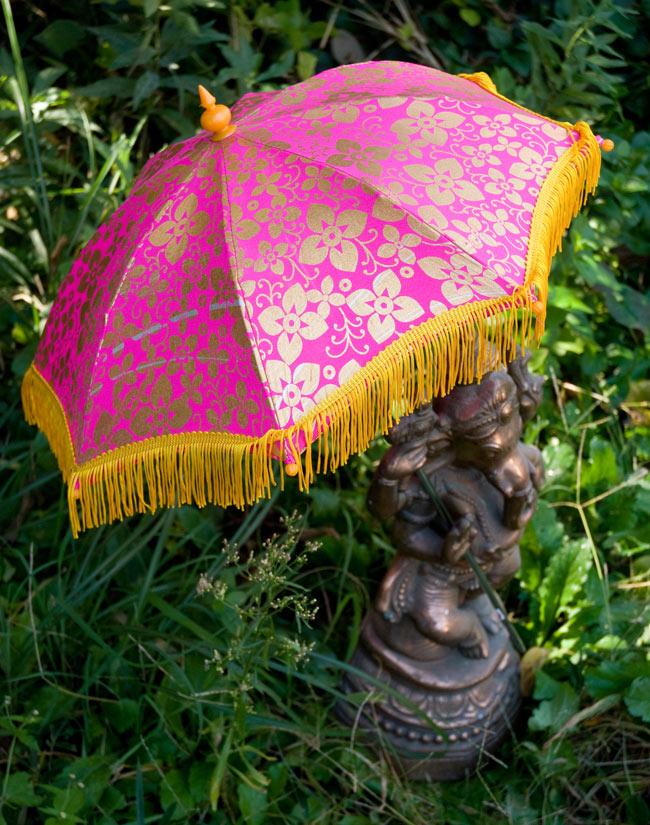 デコレーション用傘 - ゴールド・紫の写真
