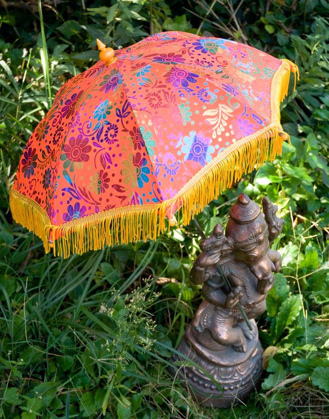 デコレーション用傘 - マルチカラー・オレンジの写真