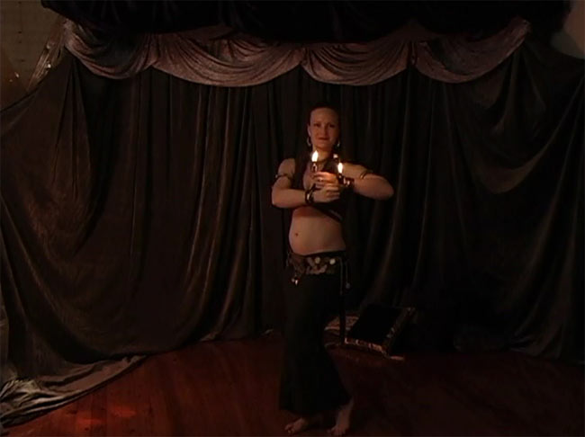 Bellydancing with Fire with Leslie Rosen 4 - DVDの内容はこんな感じです
