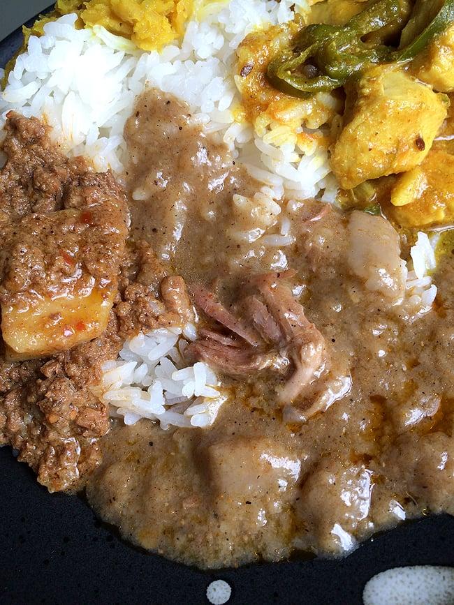 ネハリカレー - 牛肉のスープカレー - NIHARI【AHMED】の写真2 - 牛肉たくさん入ってます。こんなにたくさん入ってていいのか?ってくらい入ってます。しかも美味しい!!