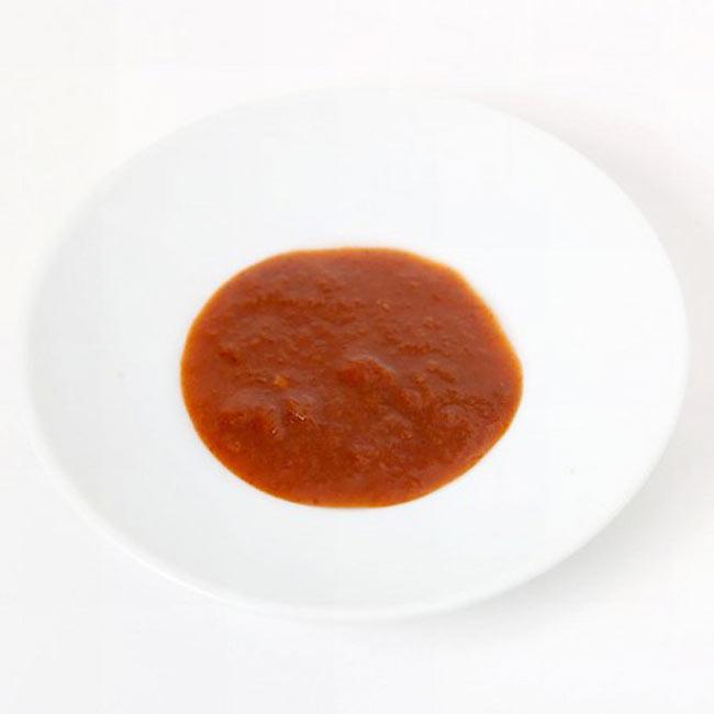 タイ トムヤム ペースト - Thai Tom Yum Paste 【AYAM】の写真2 - スパイスや調味料がすべて混ざってペースト状になっています。この一瓶で3〜4人分のカレーを作ることが出来ます。