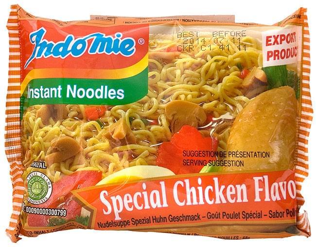 インスタント ヌードル スペシャル チキン味 【Indo mie】の写真