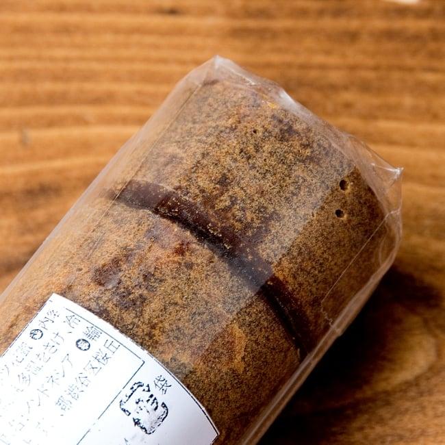 パームシュガーブロック(ココナッツシュガー) 300g ‐ Palm Sugar GULA JAWA【Deliamor】 4 - 6つのブロックになっています