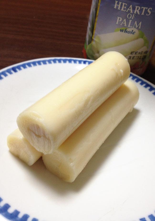 椰子の芽 - パルミット Hearts of Palm 【Irazu】 2 - 綺麗な位にそろっていてビックリしました。このままでも塩味が効いていて食べられます