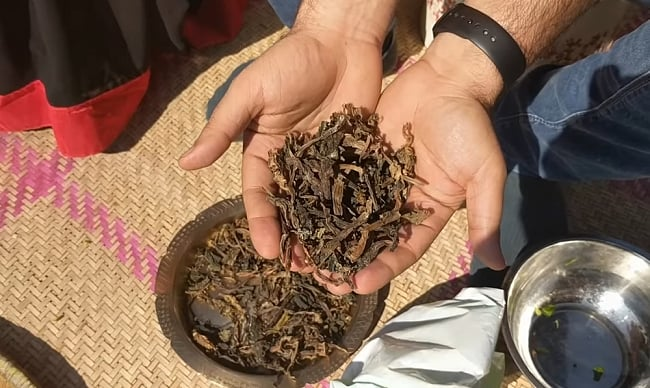 グンドゥルック 100g ネパールの乾燥発酵青菜 3 - グンドゥルックはこのような食材です。
