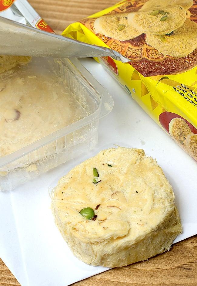インドのお菓子 ソーンケーキ - SOAN CAKEの写真2 - 写真