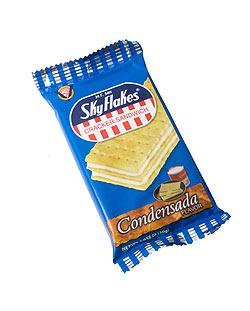クラッカー サンドイッチ・コンデンスミルク味 − Cracker Sandwich CondensadaFlavor 【SkyFlakes】