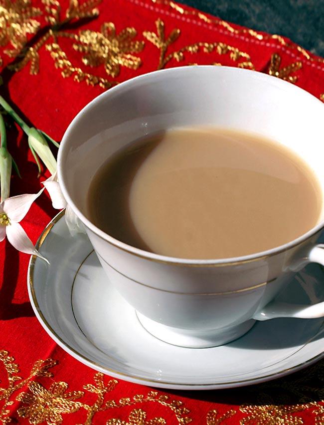 マサラティーの素【20gパック】の写真3 - 普通のミルクティーが大へんし〜ん。簡単にマサラチャイを作れます。(イメージ)