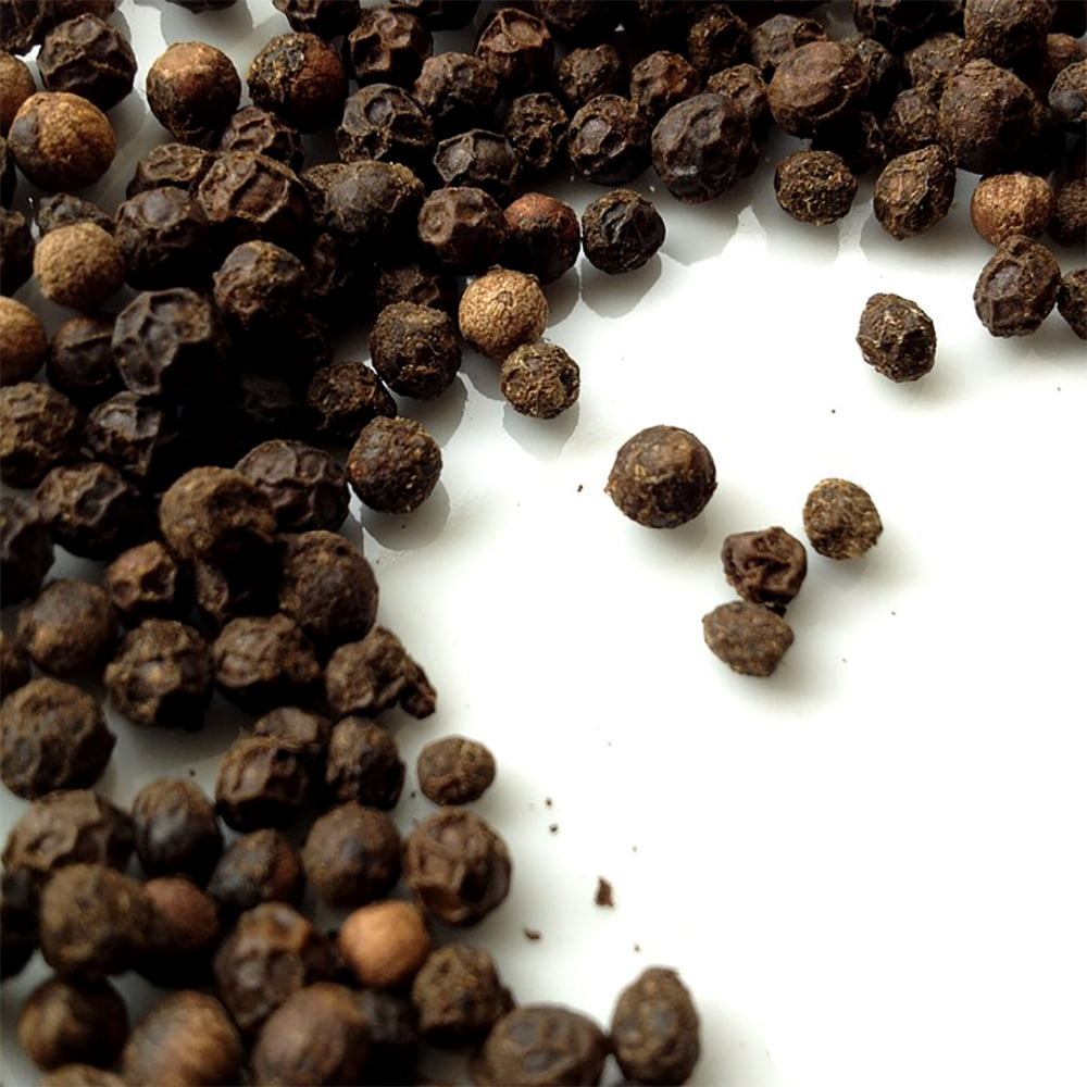 ブラックペッパーホール - Black Pepper Whole【500g 袋入り】 2 - インドでは世界の三分の一の胡椒が生産されていると言われ、そのクオリティにも定評があります。