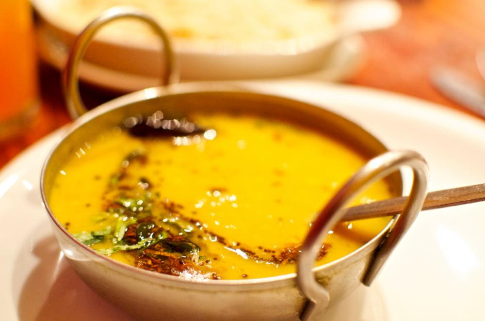 イエロームング ダール Moong Dal Yellow (Mogar)【1kgパック】 4 - インドではからだに優しいダルスープを作って食べます