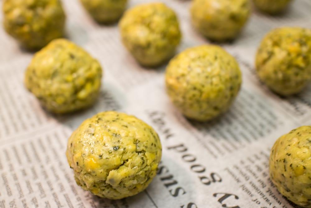 【オーガニック】ファラフェル ミックス - Falafel 【Just Wholefoods】 6 - 豆なので食べごたえ抜群です。ぽりぽりした触感と相まって美味しいですよ!