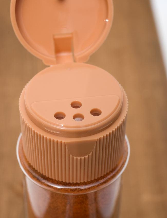 チリパウダーホット - Chilli Powder hot【50g ボトル】 3 - フタ式になっていますのでとても使いやすいです