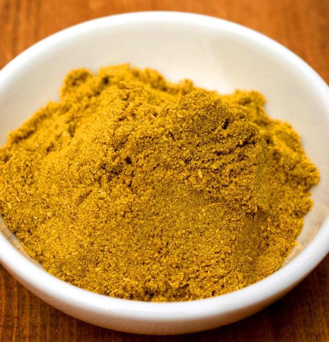 カレーパウダー  400g 箱入り Curry Powder 【AHMED】の写真2 - 13種類のスパイスを配合。カレーにはもちろん、炒めものや煮物などアイデア次第でいろいろ使えます。