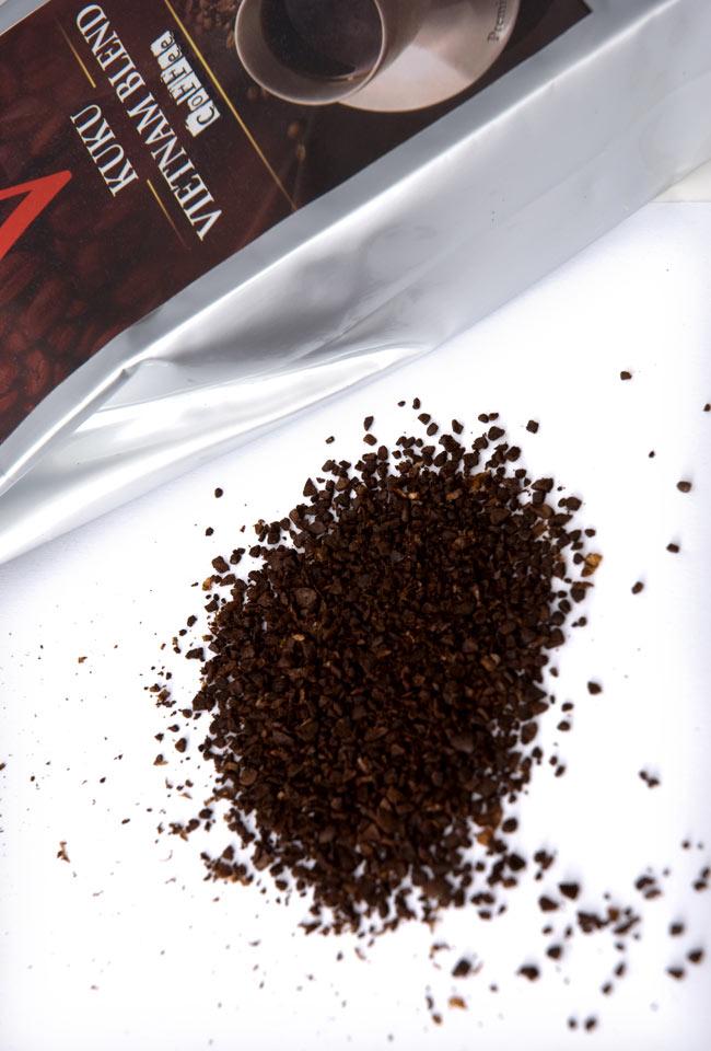 ベトナム コーヒー ベトナムブレンド [250g] 【KUKU】の写真2 - 焙煎の香ばしいかおりとベトナムコーヒー独特の甘い香りがすばらしいです。