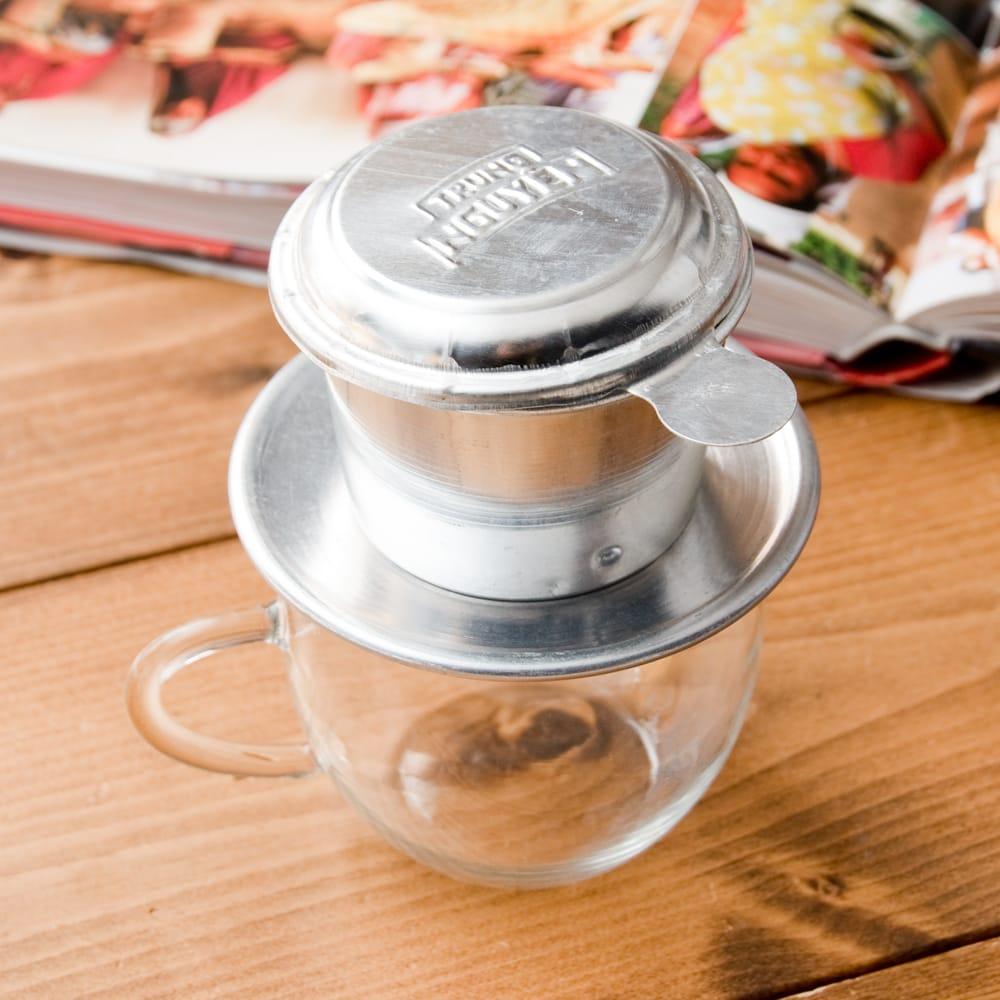 ベトナムのアルミコーヒーフィルター【落し蓋付き】の写真