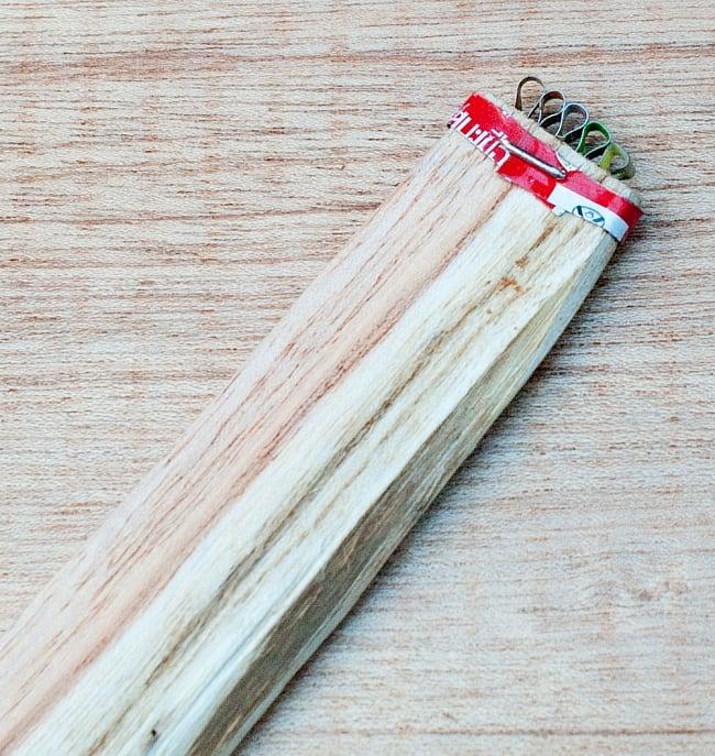 ベトナムの野菜シュレッダー 6 - アジア製なので多少の汚れなどがある場合があります。実用性のみを考えて、現地の方向けに作られているので、リサイクルしたアルミ缶のアルミを使っていたり、釘が若干出てたりとアジアな作りです。