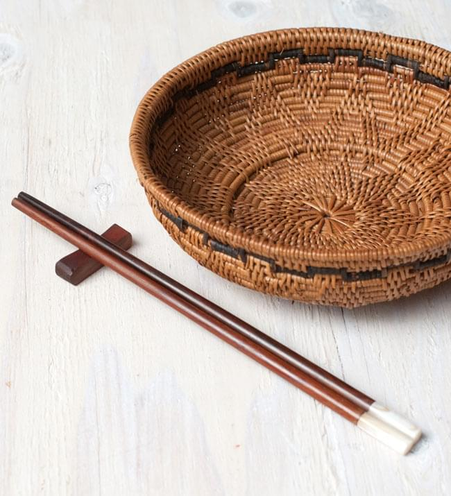 アジアの箸[白蝶貝] 5 - アタカゴと一緒に