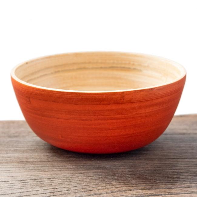 ベトナムの竹食器 - お椀 橙(直径12cm程度)の写真