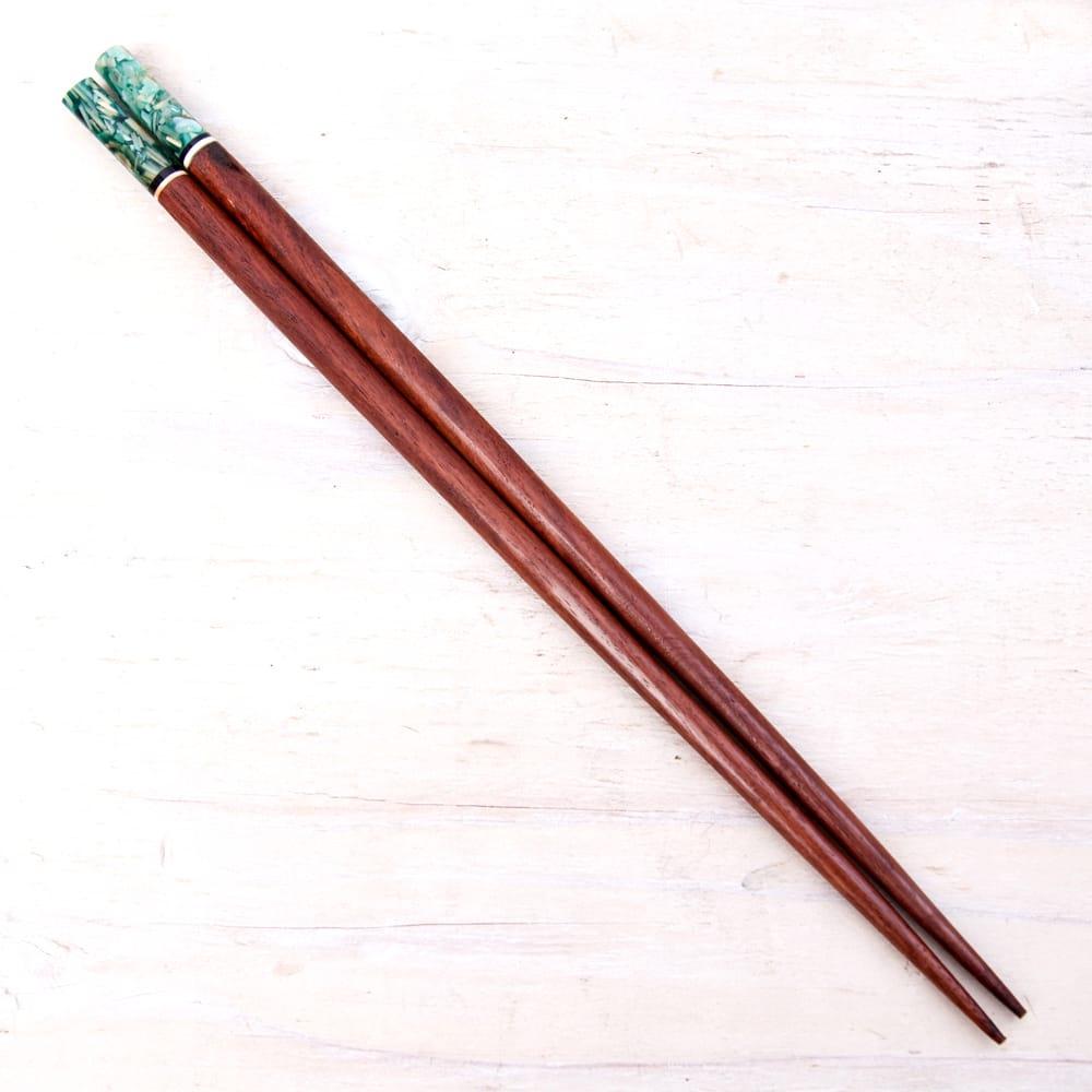 アジアの箸[黒蝶貝ミックス]の写真